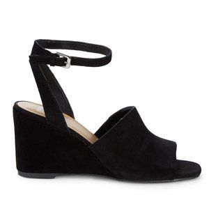 NWT Dolce Vita Black Suede Wedge Sandals Size 7.5